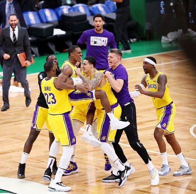 NBA Stars React to Rajon Rondo's BuzzerBeater