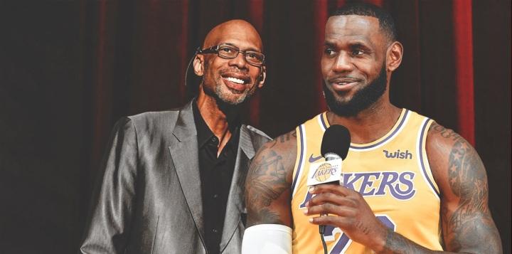 Lakers star LeBron James reacts to Kareem Abdul-Jabbar'spraise